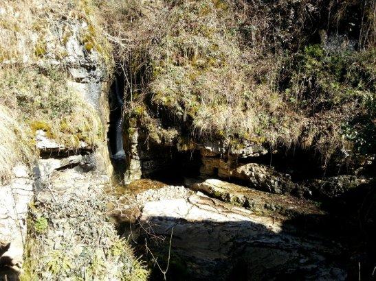 Casa delle Grotte di ara